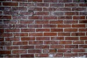 目の前の壁